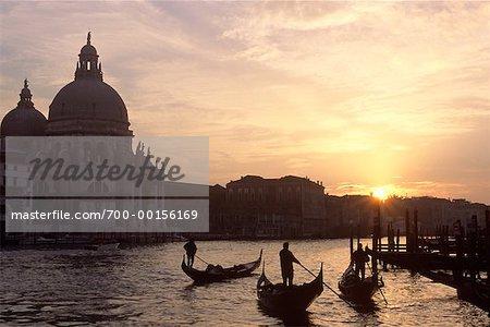 Télécabines au coucher du soleil, Venise, Italie