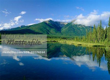 Sundance Range, Vermilion Lakes, Banff National Park, Alberta, Canada