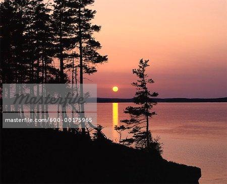 Coucher du soleil, les fours, comté de Lunenburg, en Nouvelle-Écosse, Canada