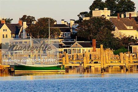 Vue d'ensemble du port et des petites localités Edgartown, Martha s Vineyard Massachusetts, USA