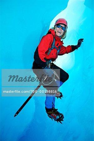 Femme Eisklettern Alaska Glacier Mendenhall. USA