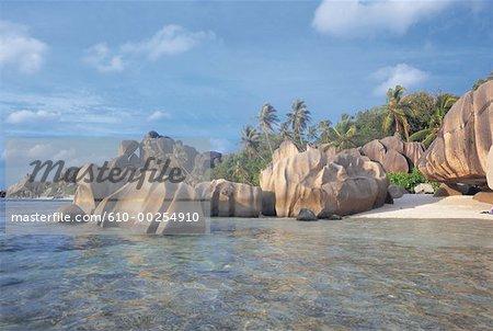 Seychelles, La Digue Island, Source d'Argent Handle, granite rocks