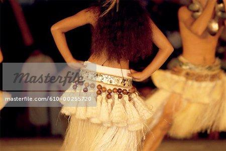 French Polynesia, Heiva dansers