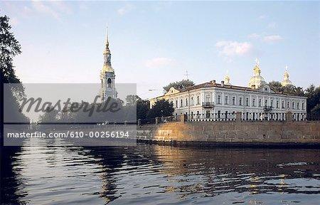 Russia, Saint Petersburg, St Nicolas of the Sailors and the Kiroukov canal