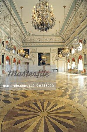 Russie, Saint Petersbourg, Palais de Peterhof, salle du trône