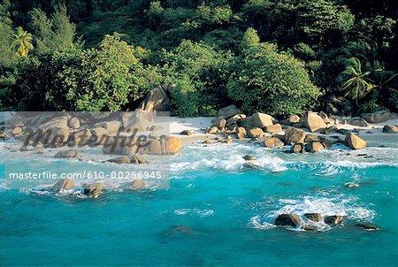Seychelles, rochers de granit rose