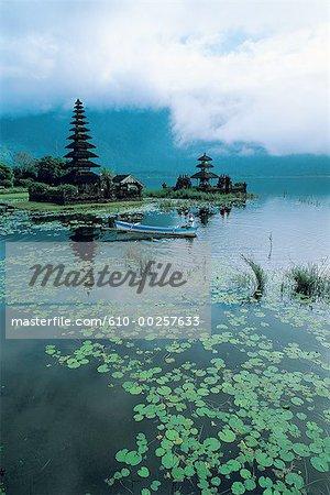 Indonesia, Bali, Temple at lake Batur