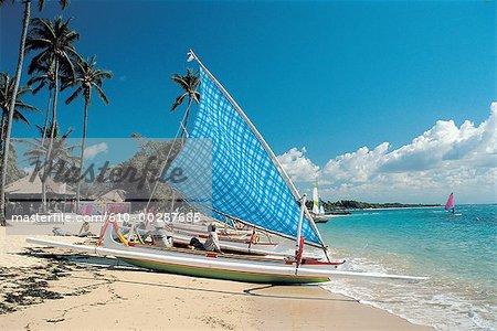 Système de calage sur la plage de Nusa Dua Bali, en Indonésie,