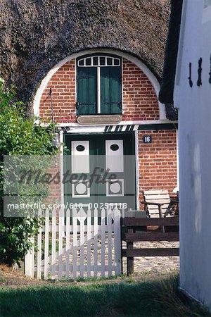 Danemark, île de Fano, Sonderho, entrée de la maison traditionnelle