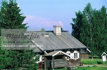 Finland, Carelia, Parppeinvaara, rune singers house