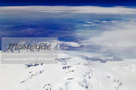 Luftbild des Fitzroy Massivs und Viedma-Gletscher-Argentinien