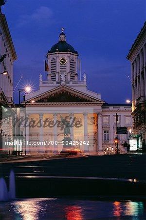 Eglise Saint Jacques-sur-Coudenberg, à Bruxelles (Belgique) nuit