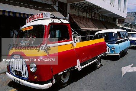 Voitures stationnées dans la rue, Port Louis, Ile Maurice