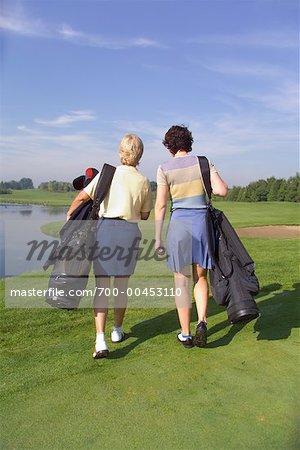 Zwei Frauen, Golfen
