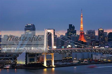 Pont de l'arc-en-ciel, Tokyo, Japon