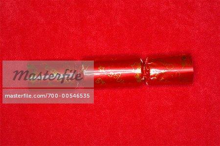 Rouge Christmas Cracker