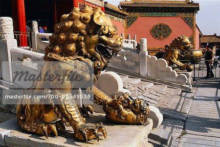 Sculpture de Lion en gardant l'entrée, la cité interdite, Pékin, Chine