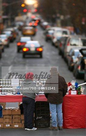 Vendeurs ambulants à Union Square, parc, New York City, New York, États-Unis