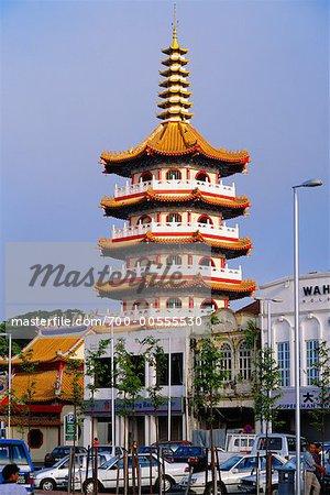 Scène de rue avec la pagode chinoise, Sibu, Sarawak, Bornéo, Malaisie