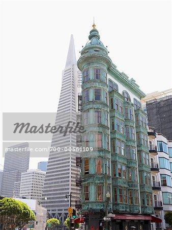 Renforcement des sentinelles et Transamerica Building, San Francisco, Californie, USA