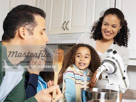 Famille ensemble de cuisson
