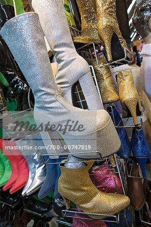 Magasin de chaussures, marché du week-end de Chatuchak, Bangkok, Thaïlande