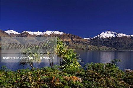 Lac Wanaka et montagnes Harris, Nouvelle-Zélande