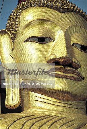 Thailand, Bangkok, Wat Indra Viharn temple