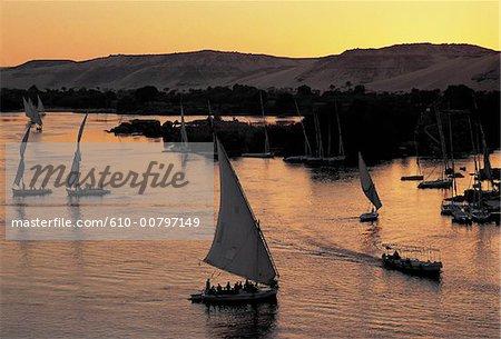 Felouques Egypte, Assouan, sur le Nil.