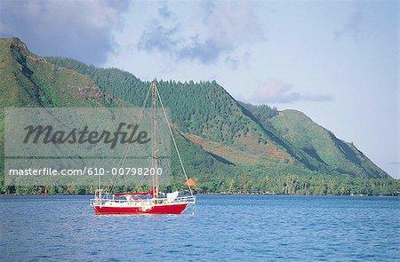 Français de Polynésie, l'île de Moorea, baie d'Opunohu