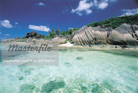 Roches des Seychelles, de plage et de granit