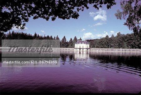 France, Burgundy, Settons, the dam