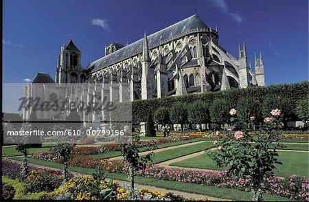 France, Cher (18), Centre, Bourges, cathédrale et jardins