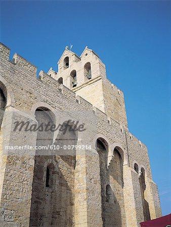 France, Vaucluse, Avignon, murs de la ville et la cathédrale