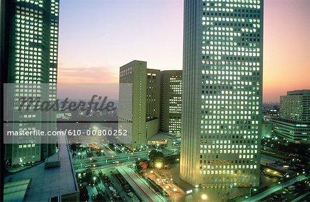 Japan, Tokyo, Shinjuku, business district at dusk