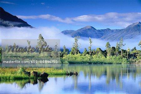 Lac Brunner, Nouvelle Zélande, l'île du Sud