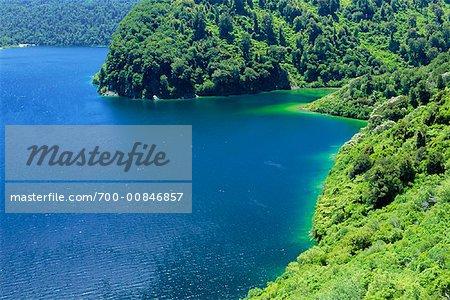 Lake Waikaremoana, Urewera National Park, North Island, New Zealand