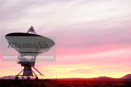Silhouette of a radio telescope, New Mexico, USA