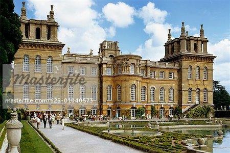 Vue sur le Palais de Blenheim pendant la journée
