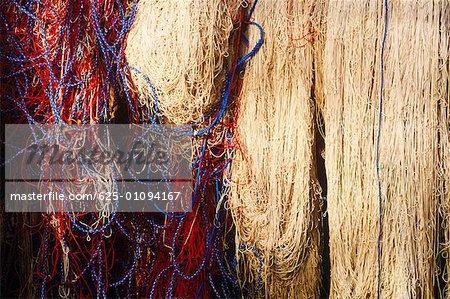 Gros plan des cordes et des filets de pêche, Bali, Indonésie