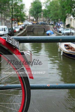Bridges Over Canal, Amsterdam, Hollande