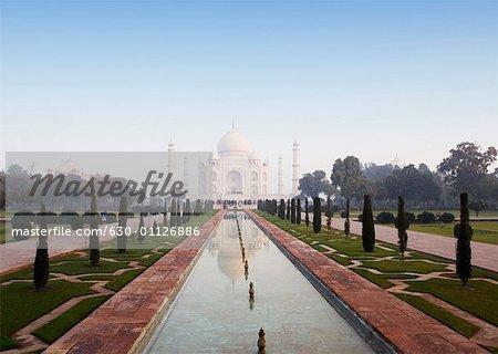 Reflection of a mausoleum in the pond, Taj Mahal, Agra, Uttar Pradesh, India