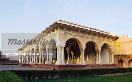 Garden in front of a building, Diwan-I-Aam, Agra Fort, Agra, Uttar Pradesh, India