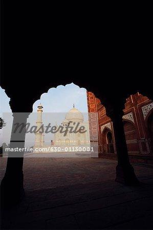 Mausoleum viewed through an arch, Taj Mahal, Agra, Uttar Pradesh, India