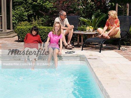 Côté de la piscine familiale