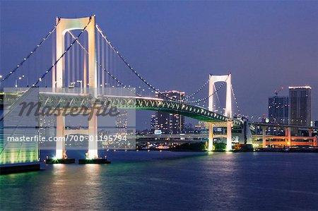 Rainbow Bridge Over Tokyo Bay, Tokyo, Japon