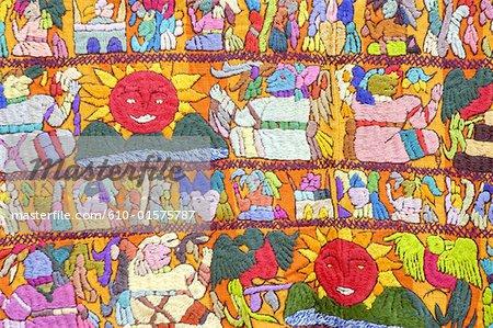 Guatemala, Chichicastenango, Indian market, weaving