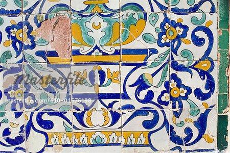 Tunisie, Kairouan, mausolée d'Abou Zamaa el Balaoui, céramique