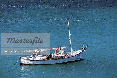 Spain, Balearic Islands, Ibiza, Cala Vedella, boat