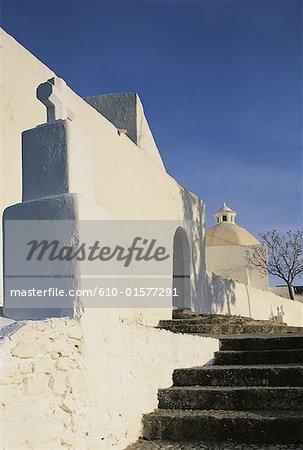 Espagne, îles Baléares, Ibiza, église de Santa Eulalia del Rio